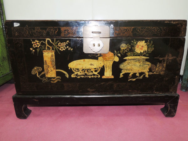 baule cinese antico